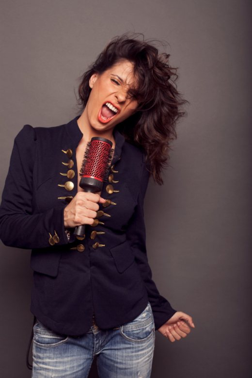Ramona singing