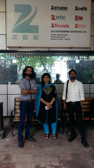Owner & Proprietor of Audumbar Arts Soumya Mohanty Vilekar (centre), singer Kushik Kashyap (left) and Seenu Mohanty director (right).